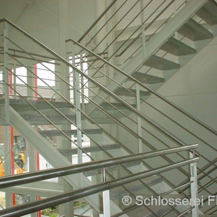 Treppenturm Bürogebäude